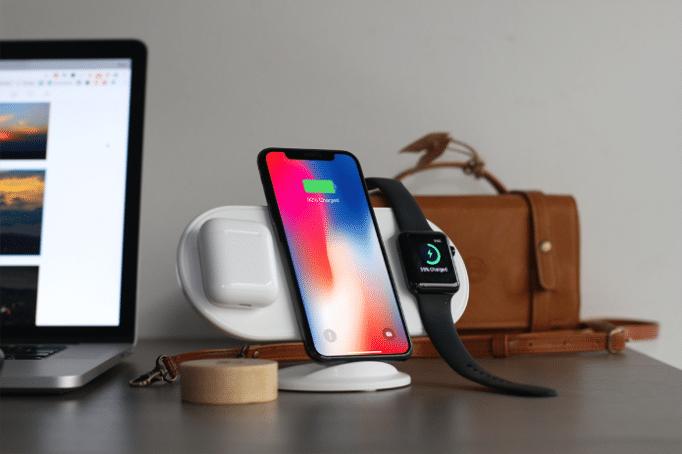 Какие телефоны можно заряжать беспроводной зарядкой — список моделей