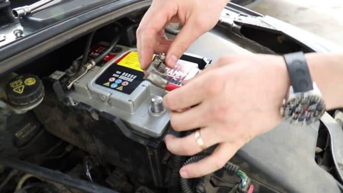 Какой аккумулятор стоит на форд фокус 2 и что выбрать на замену
