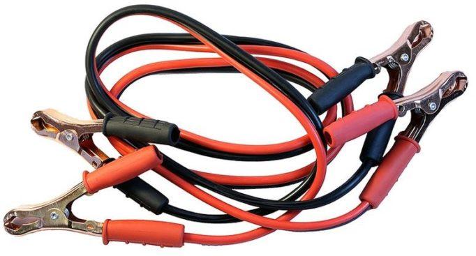 Стандартные стартер-кабели для прикуривания автомобиля