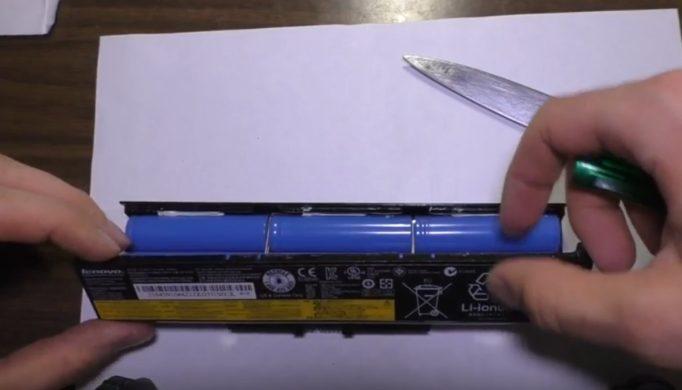 Как разобрать и проверить аккумулятор ноутбука