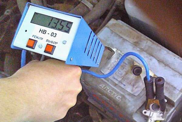 Нагрузочная вилка для проверки автомобильных АКБ