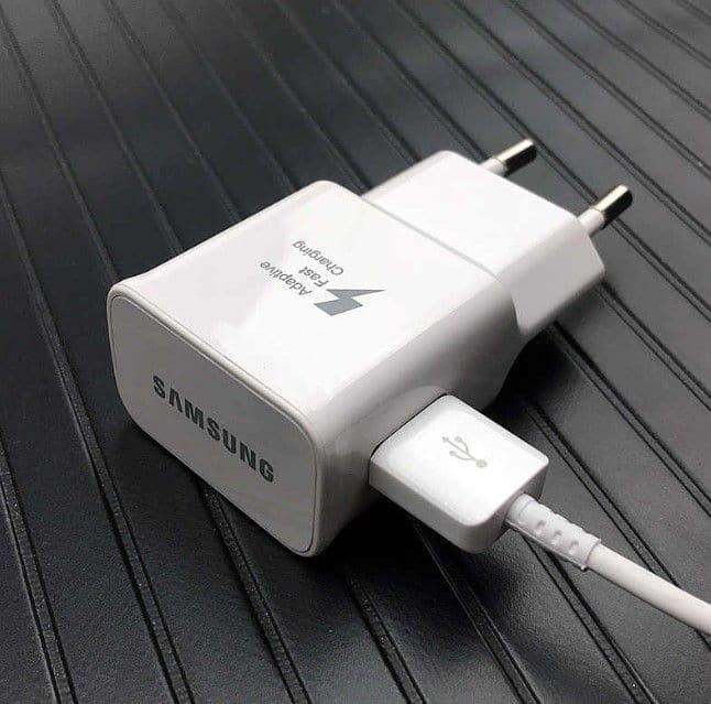 Что делать если телефон Samsung не заряжается