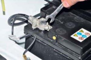 Какой лучше выбрать аккумулятор на ВАЗ 21214 Нива