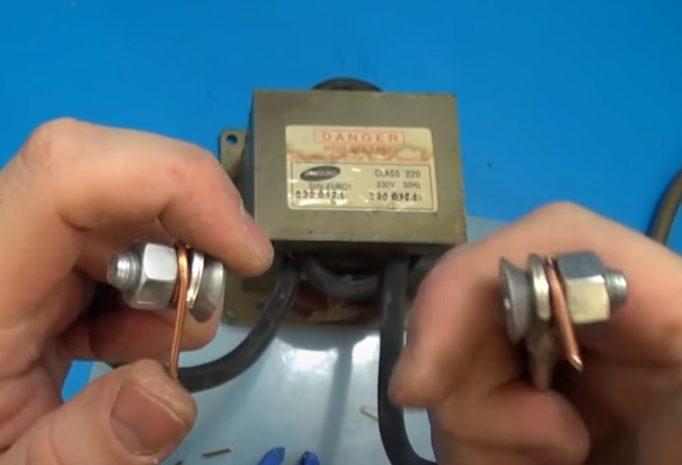 Как сделать контактную сварку для аккумуляторов 18650 своими руками