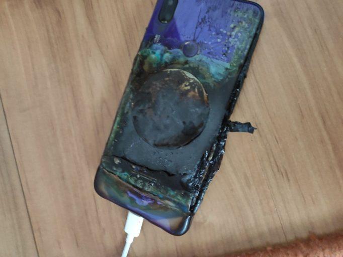 Что будет если пользоваться телефоном на зарядке